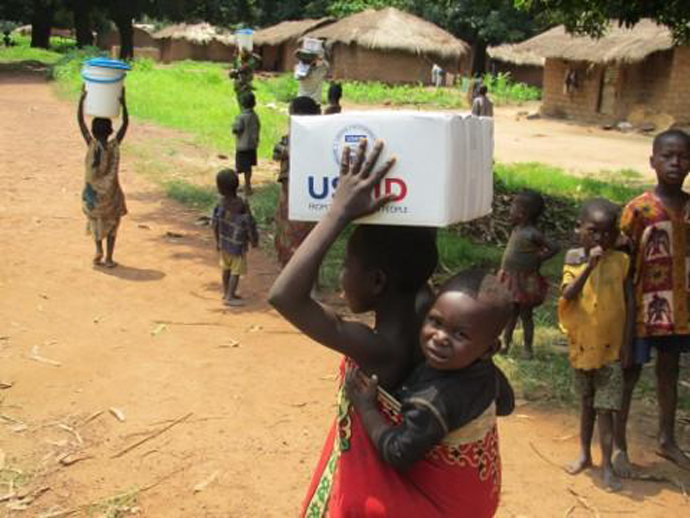 Our partner Catholic Relief Services distributes life-saving aid from OFDA airlifts to those affected by the ongoing crisis in the Central African Republic. /Catholic Relief Services